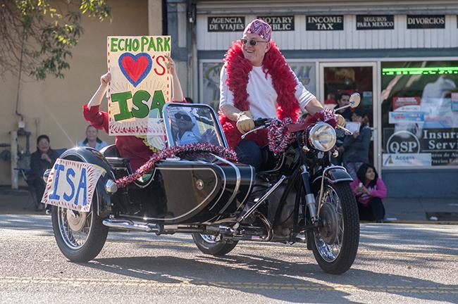 Parade-Isa_web